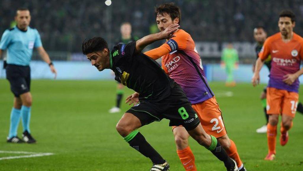 Diisukan Akan ke Liverpool, Pemain Gladbach Ini Malah Gabung Dortmund