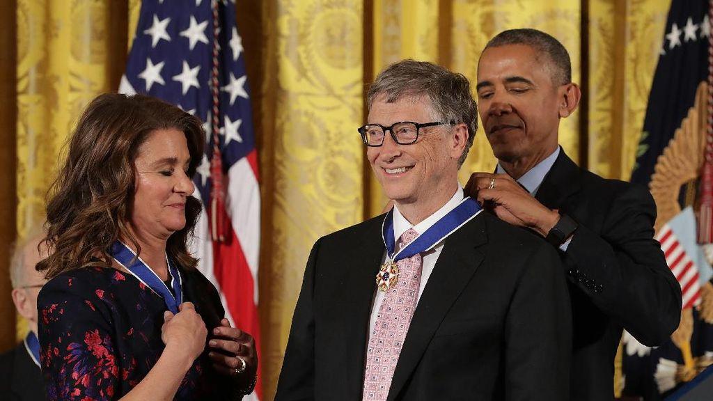 Saat Bill Gates Jadi Patung di Gedung Putih