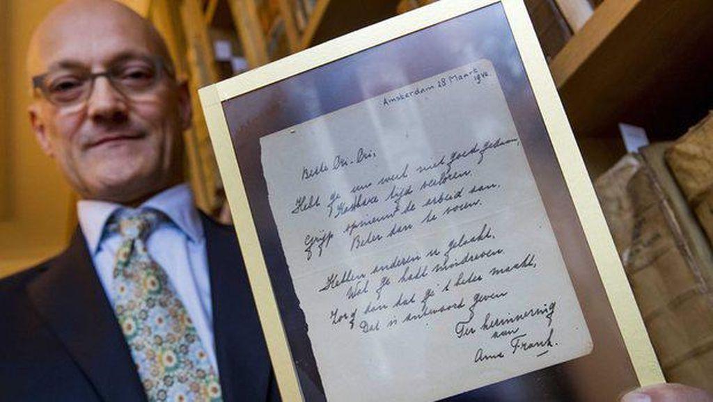 Puisi Anne Frank Dilelang Rp 2 Miliar