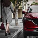 Rahasia di Balik Warna Kinclong Mobil Mazda