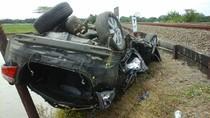 Sedan Vios Tertabrak Kereta di Cirebon, Tiga Orang Tewas