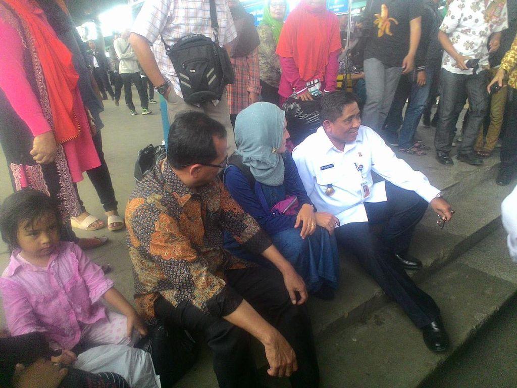 Plt Gubernur DKI dan Menhub Blusukan ke Stasiun Manggarai