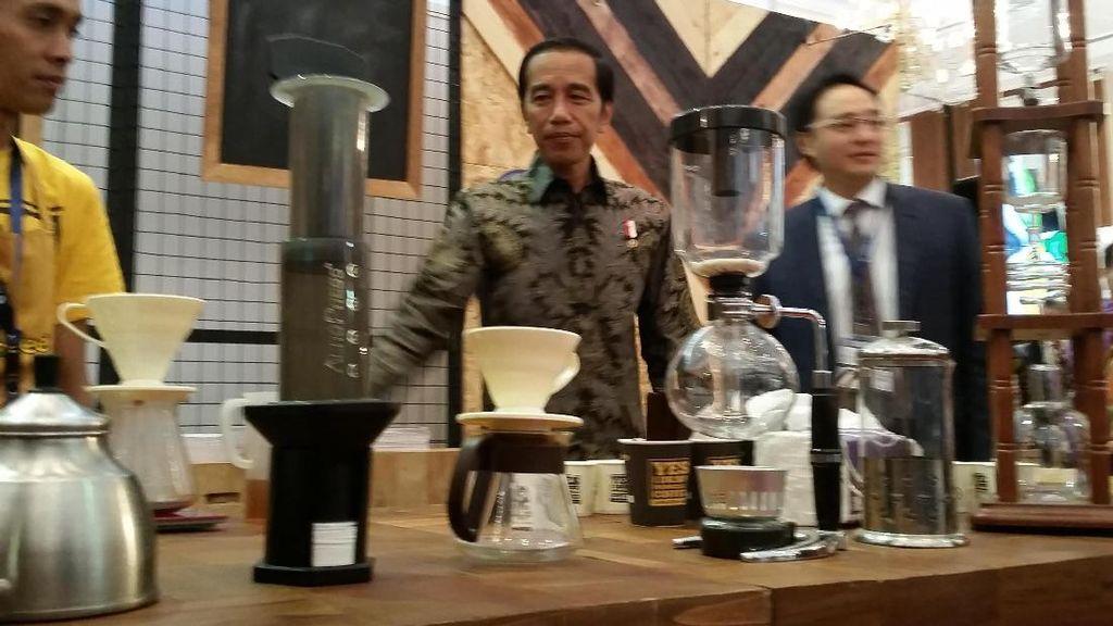 Saat Bisnis Mebel Jokowi Kalah dengan Martabak Anaknya