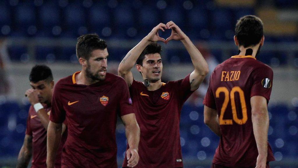 Dzeko Hat-trick, Roma Lolos 32 Besar sebagai Juara Grup
