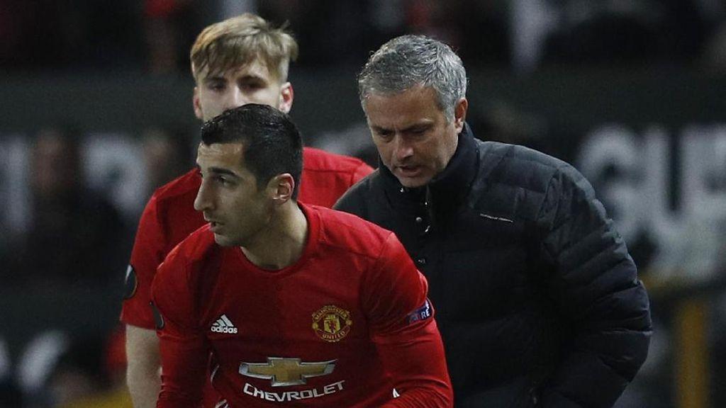 Mkhitaryan Tegaskan MU Belum Menyerah di Liga Inggris