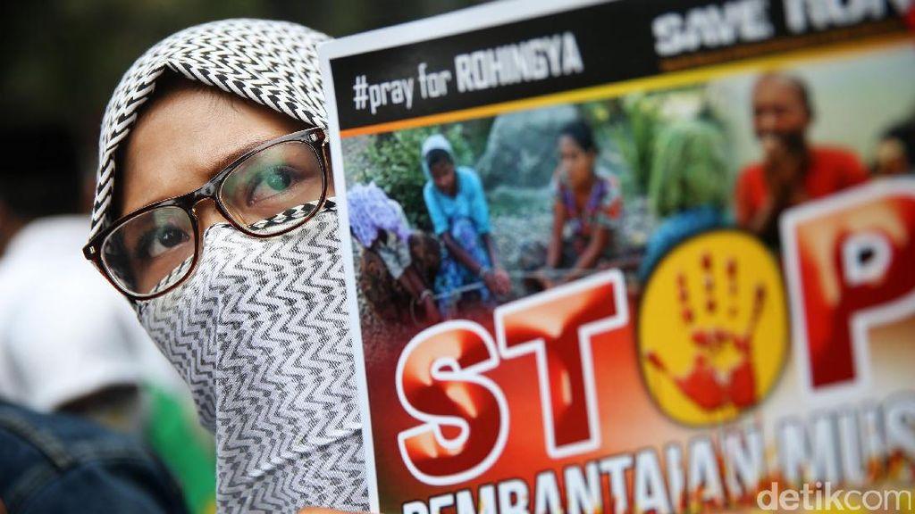 Aksi Solidaritas untuk Rohingya di Kedutaan Myanmar