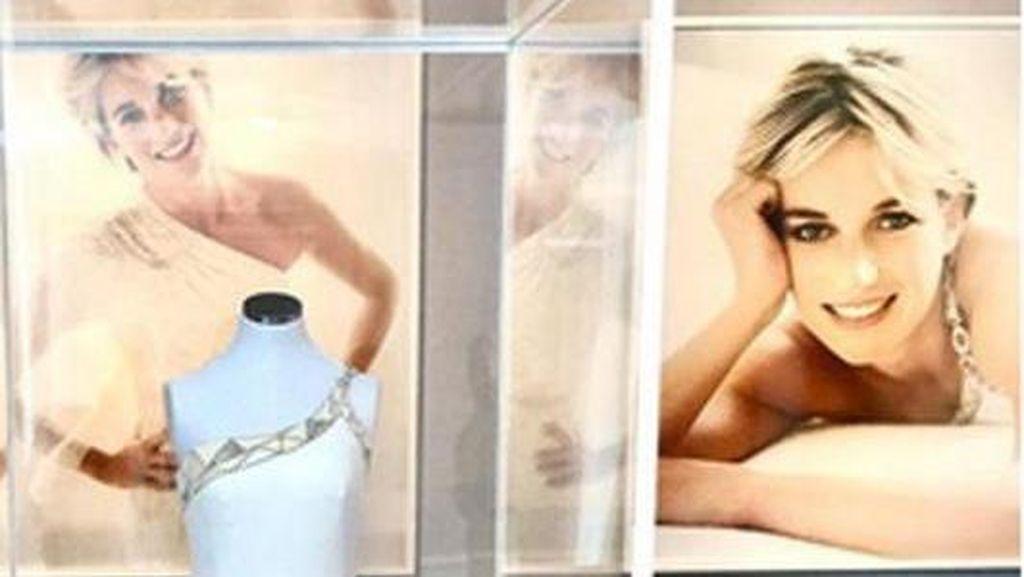 Donatella Versace Sumbang Gaun Milik Putri Diana untuk Museum Budaya