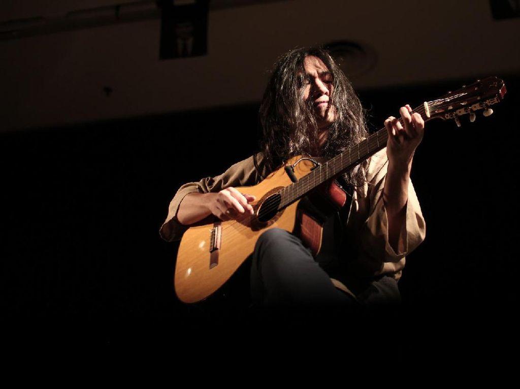 Gerald Situmorang Rilis Album Meta bersama Sri Hanuraga