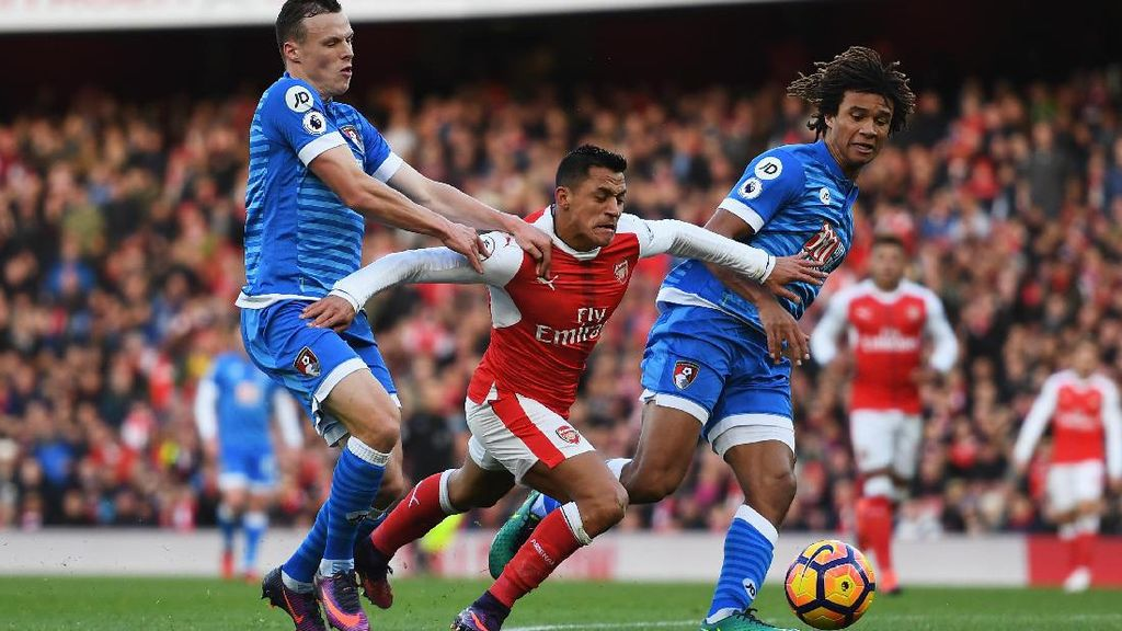 Alexis Dua Gol, Arsenal atasi Bournemouth 3-1