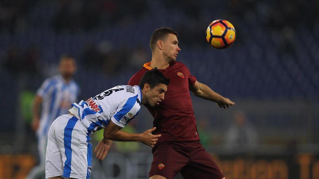 Dua Gol Dzeko Antar Roma Kalahkan Pescara 3-2