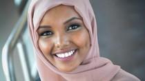 Kisah Hijabers Cantik Halima, Pengungsi Kenya Buat Sejarah di Miss Minnesota