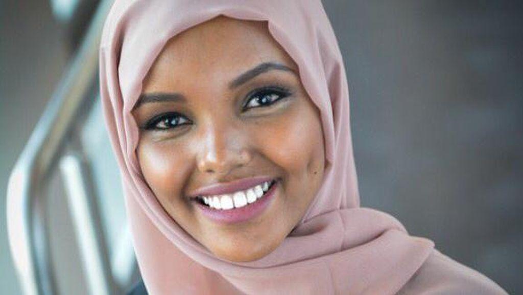 Foto: Pesona Halima Aden, Hijabers yang Pakai Burkini di Kontes Kecantikan AS
