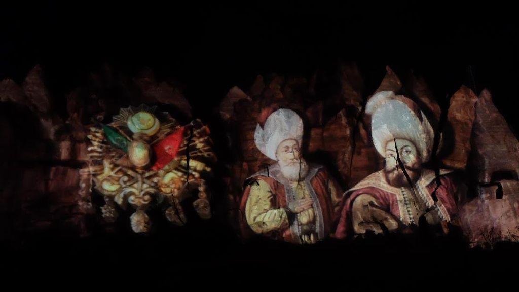 Pertunjukan Cahaya Keren dari Cappadocia