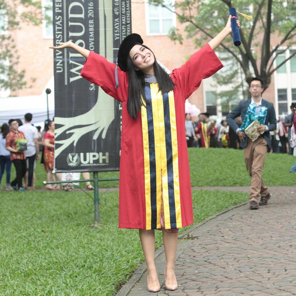 Lulus Kuliah, Chilla Kiana Ingin Lebih Serius Bermusik