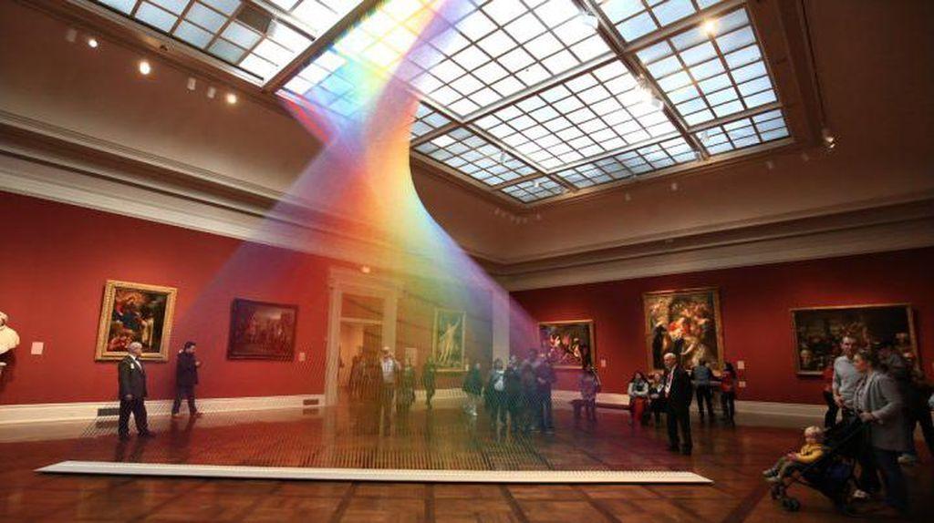 Aneh Tapi Nyata, Ada Pelangi di dalam Museum Ini