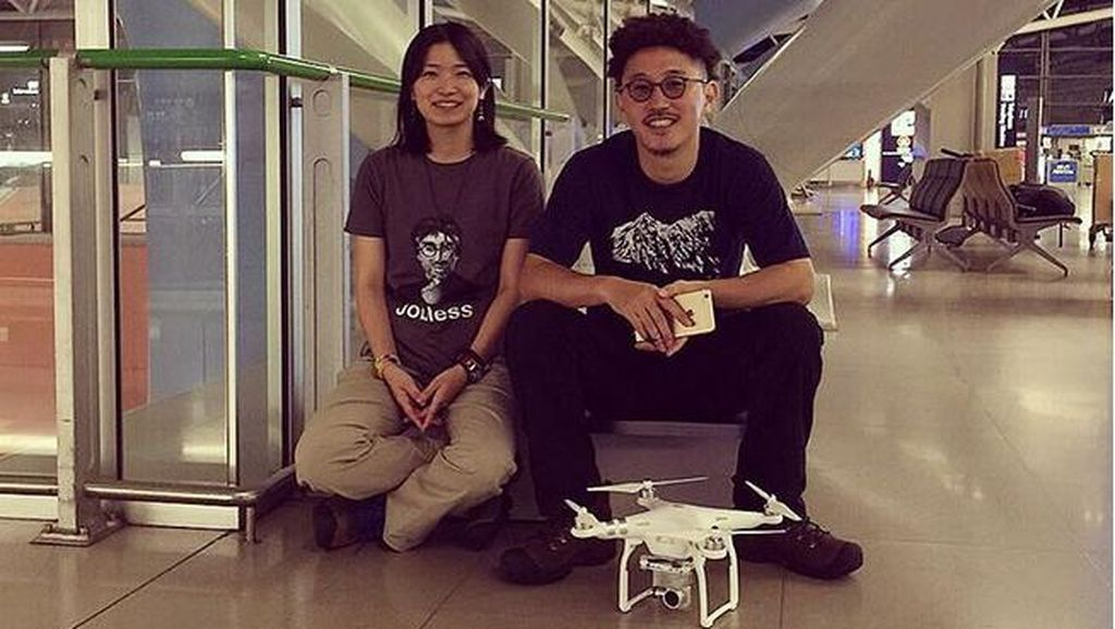 Bikin Baper! Pasangan Traveler Ini Bikin Video Bulan Madu Romantis dengan Drone