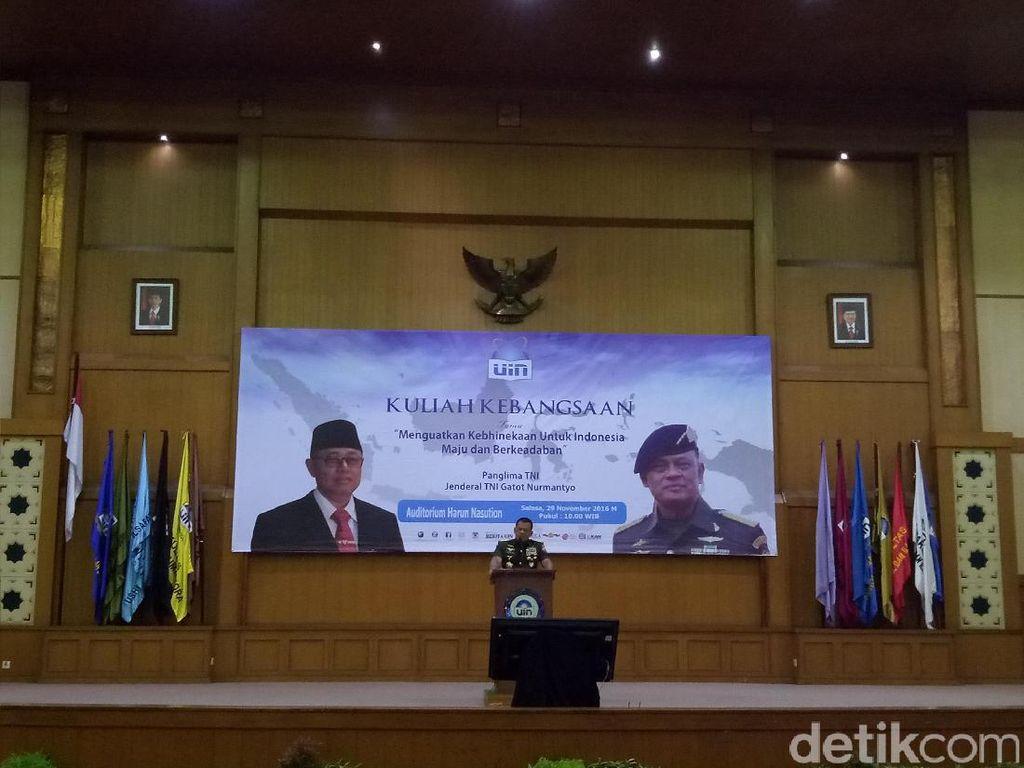Kuliah Umum di UIN, Panglima: Kami Titipkan Indonesia di Pundakmu, Mahasiswa
