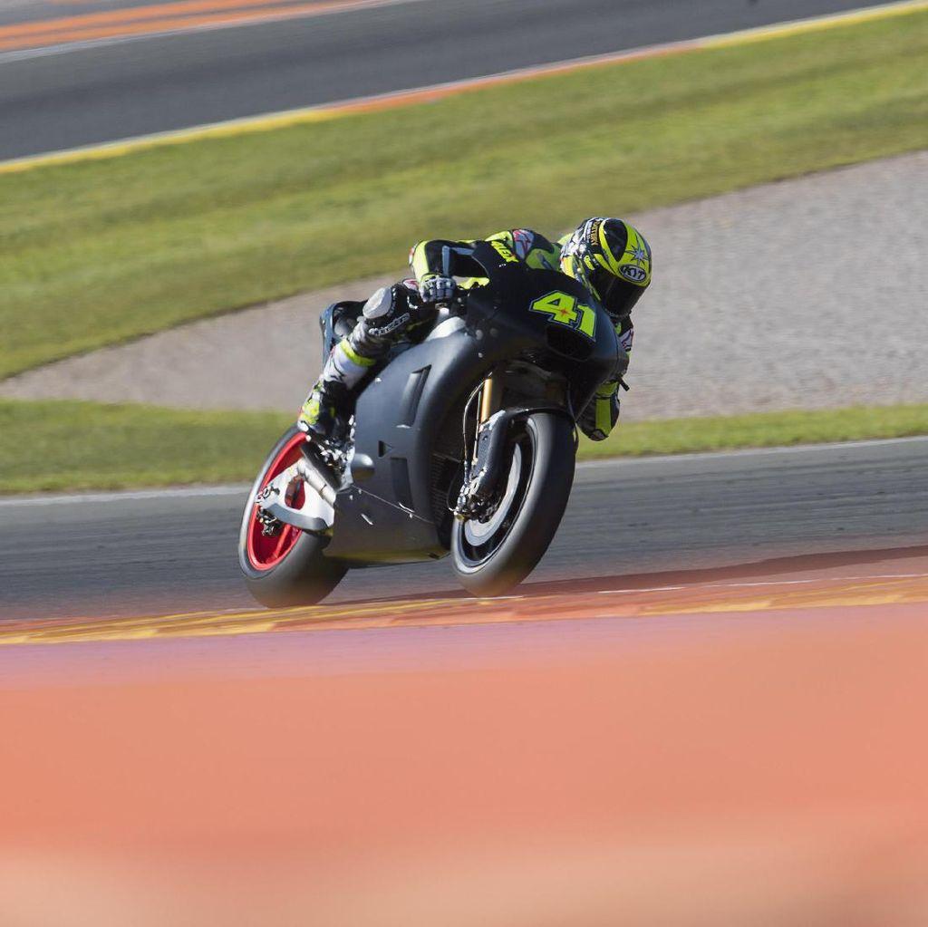 Motor Aprilia untuk MotoGP 2017 Masih Perlu Diet