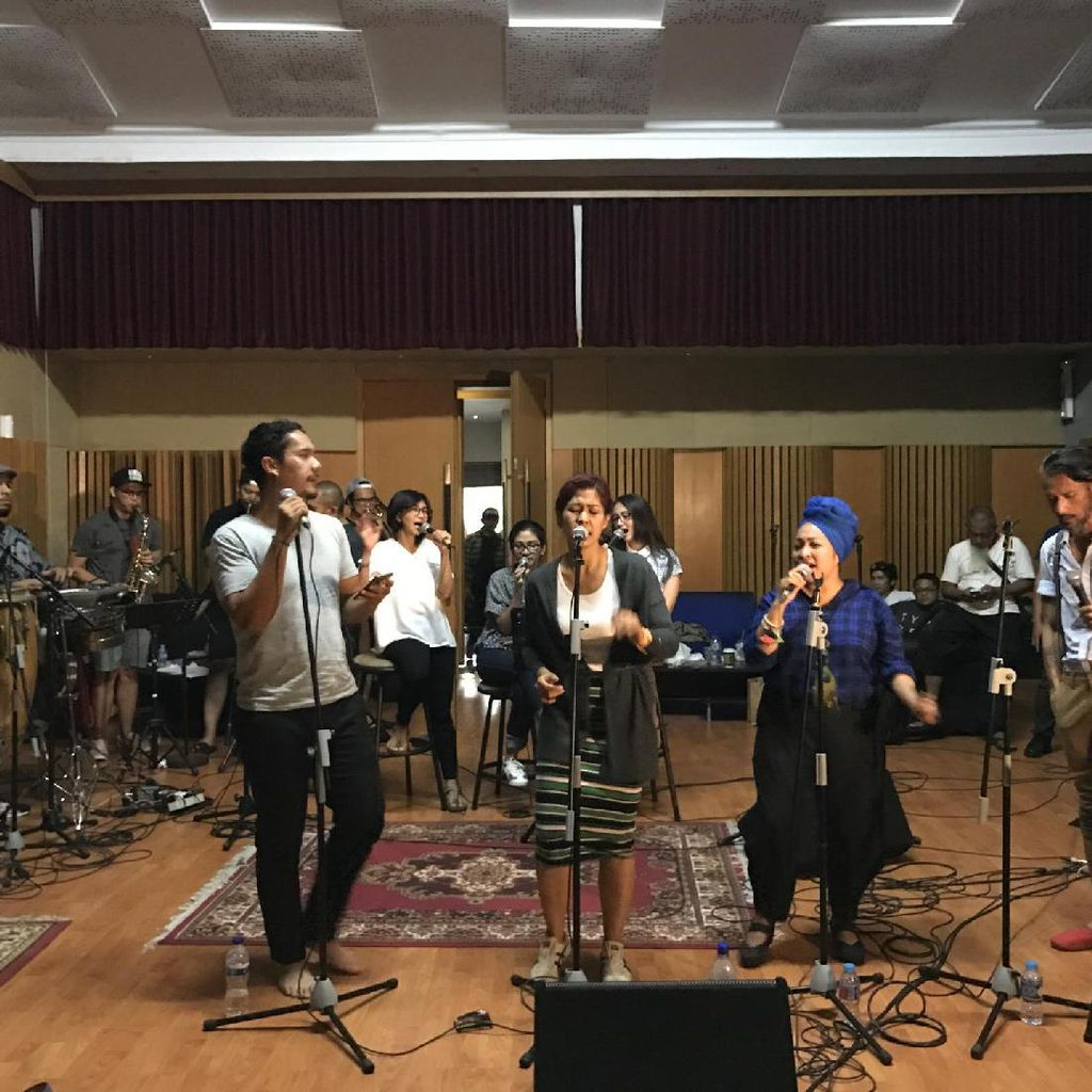 Kolaborasi Maliq and DEssential dan The Groove Akan Sambangi Bandung