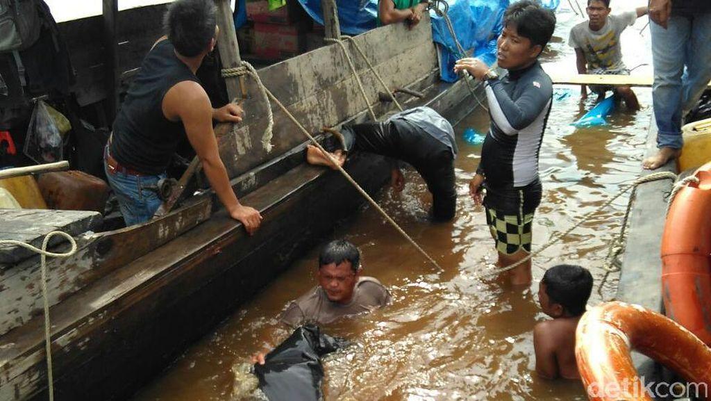 2 dari 4 Penumpang Hilang Kapal Tenggelam di Sungai Kampar Ditemukan Tewas