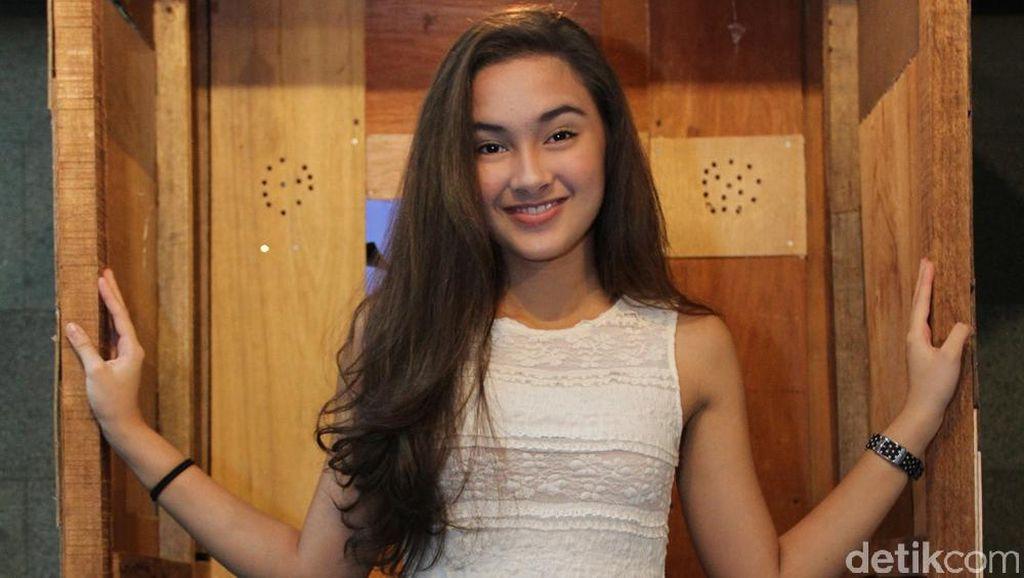 Baru Bikin Vlog, Subscriber Caitlin Halderman Tembus 36 Ribu