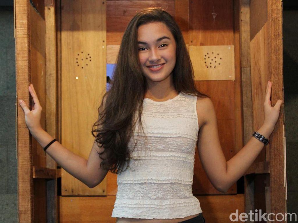 Main Film Bareng Thunder Eks MBLAQ, Caitlin Halderman Girang