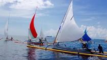 Nelayan Jawa-Bali Adu Cepat Pakai Perahu Layar