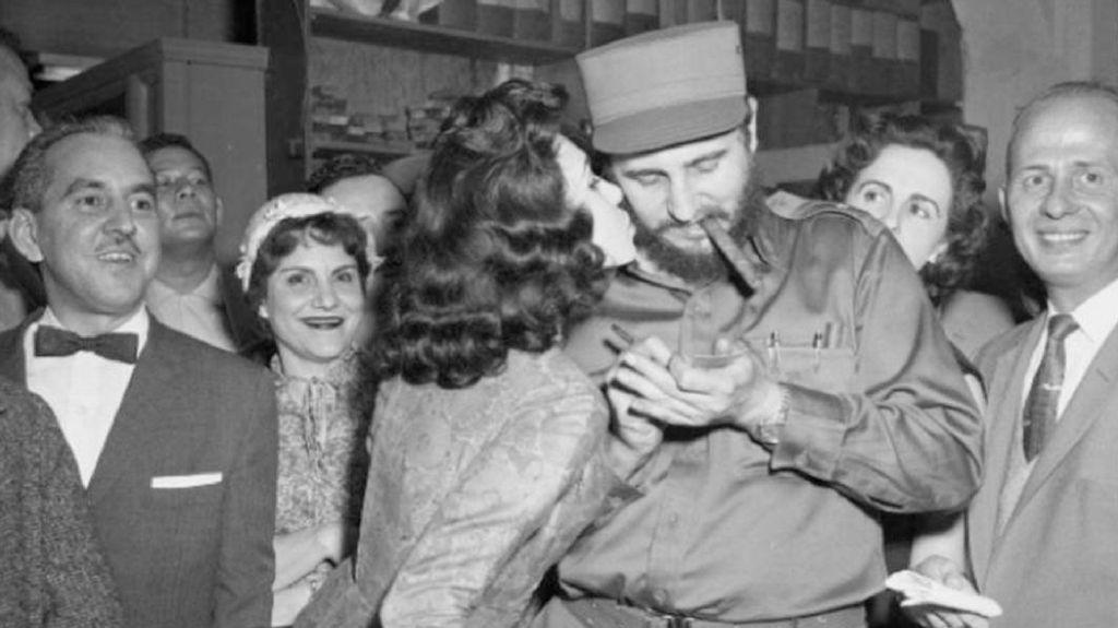 Mata-mata yang Jatuh Cinta kepada Fidel