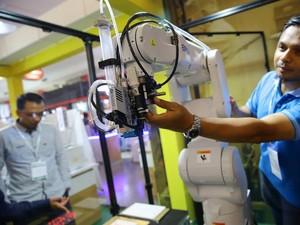 Epson Luncurkan Robot di Kemayoran