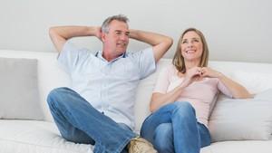 Bahayakah Berhubungan Intim di Kala Menopause?