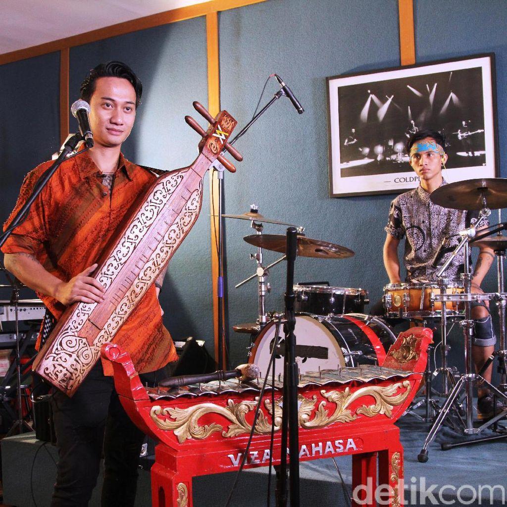 Perpaduan Musik Modern dan Tradisional Ala V1mast