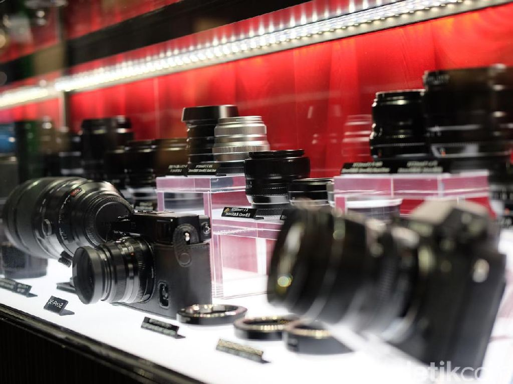 Kamera Jepang Hindari Angka 4 Untuk Penamaan Kameranya?