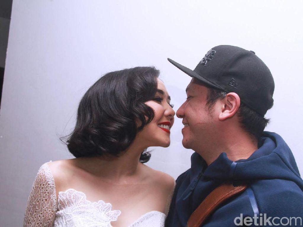 10 Perceraian Artis Indonesia Terheboh Sepanjang Sejarah