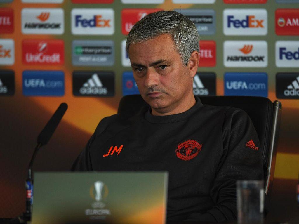 Mourinho Sedang dalam Proses Memulihkan DNA MU