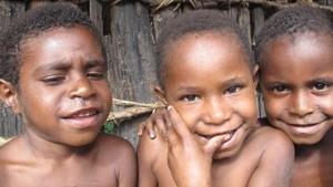 Lucunya Anak-anak Papua, Ayo Senyum & Tertawa Seperti Mereka