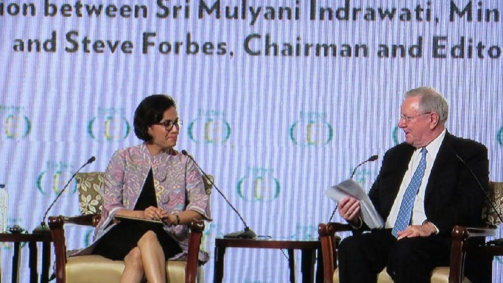Jadi Menteri Keuangan Wanita Pertama di RI, Sri Mulyani Dipuji Steve Forbes
