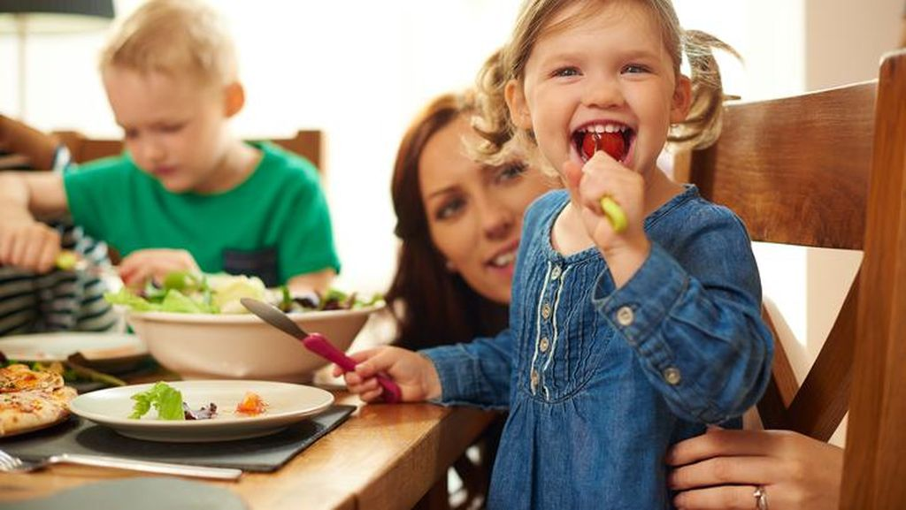 Belajar dari Parenting Prancis, Blogger Andra Alodita Punya Tiga Cara Agar Anak Doyan Makan