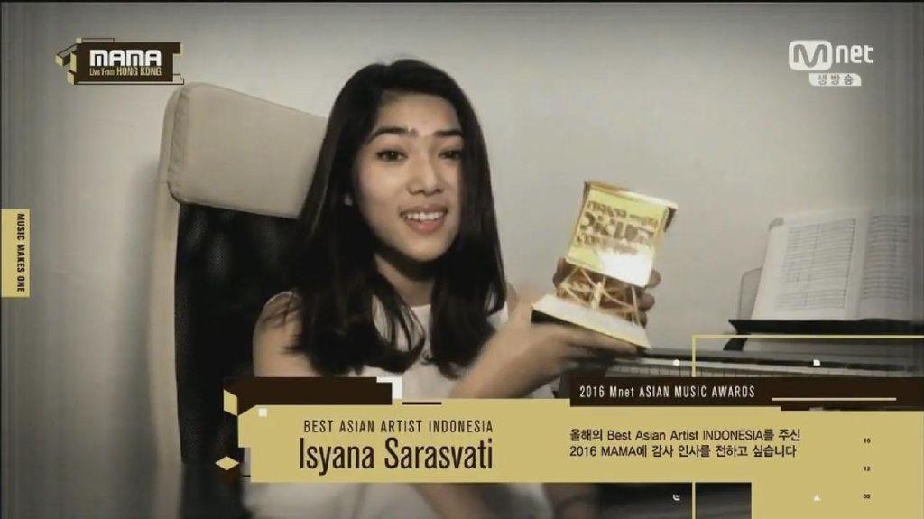 Isyana Sarasvati Sabet Gelar Best Asian Artist di MAMA 2016