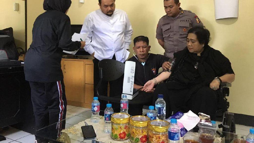 Rachmawati Dibolehkan Pulang, Kuasa Hukum: Kondisinya Drop dan Emergency