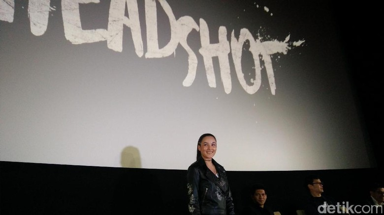 Jatuh Lagi, Ditampar Lagi! Pengalaman Chelsea Islan Syuting 'Headshot'