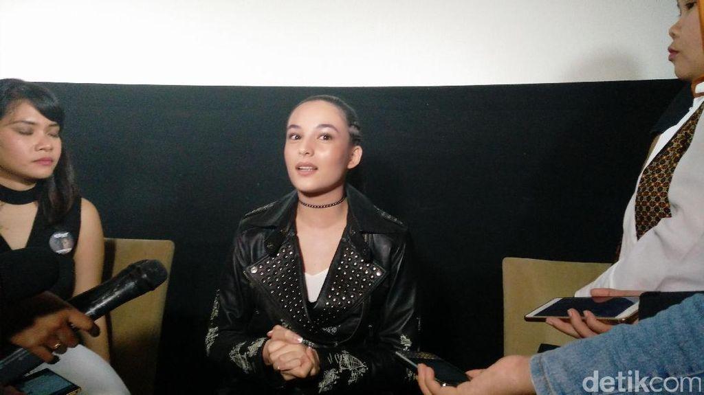Jatuh Lagi, Ditampar Lagi! Pengalaman Chelsea Islan Syuting Headshot