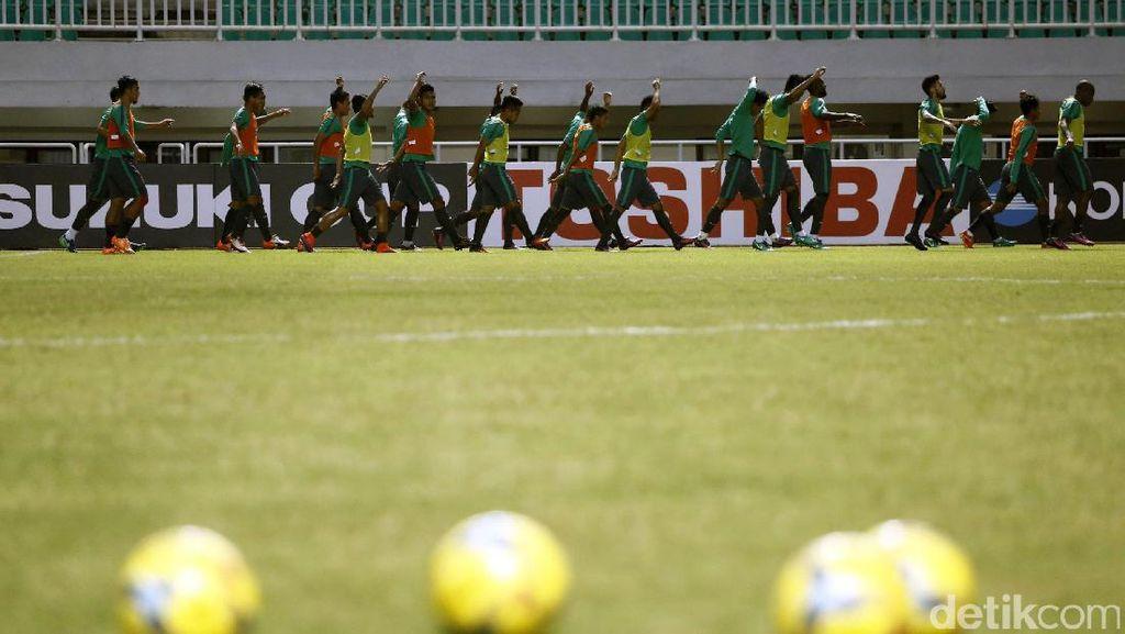 AFF Minta Kualitas Lapangan Stadion Pakansari Ditingkatkan