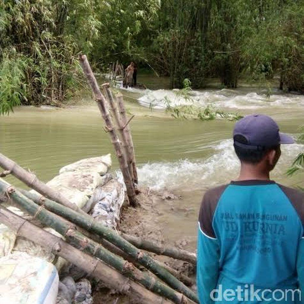 Tanggul Mekuris Jebol, Banjir di Kecamatan Kanor Makin Meluas