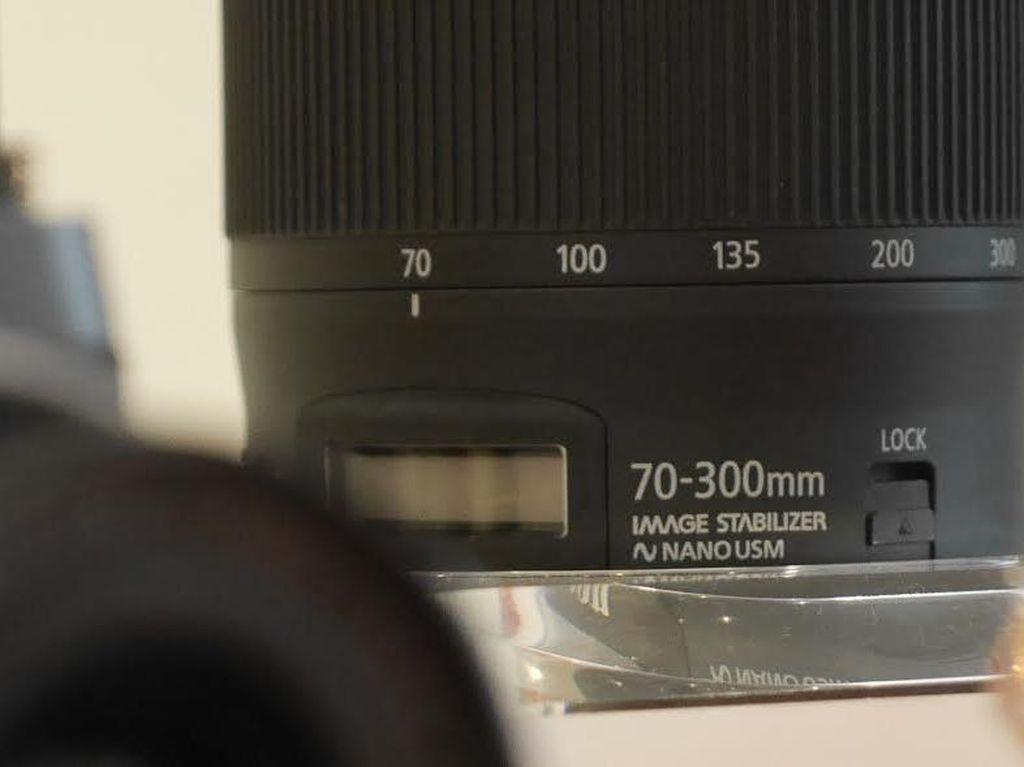 Lensa Anyar Canon Dilengkapi Layar, Buat Apa?