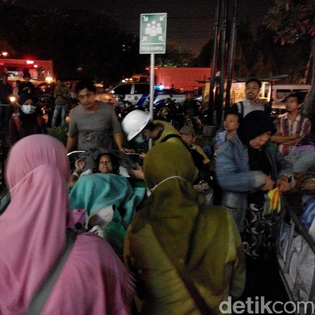 Gudang Arsip RSI Surabaya Terbakar, Puluhan Pasien Dievakuasi
