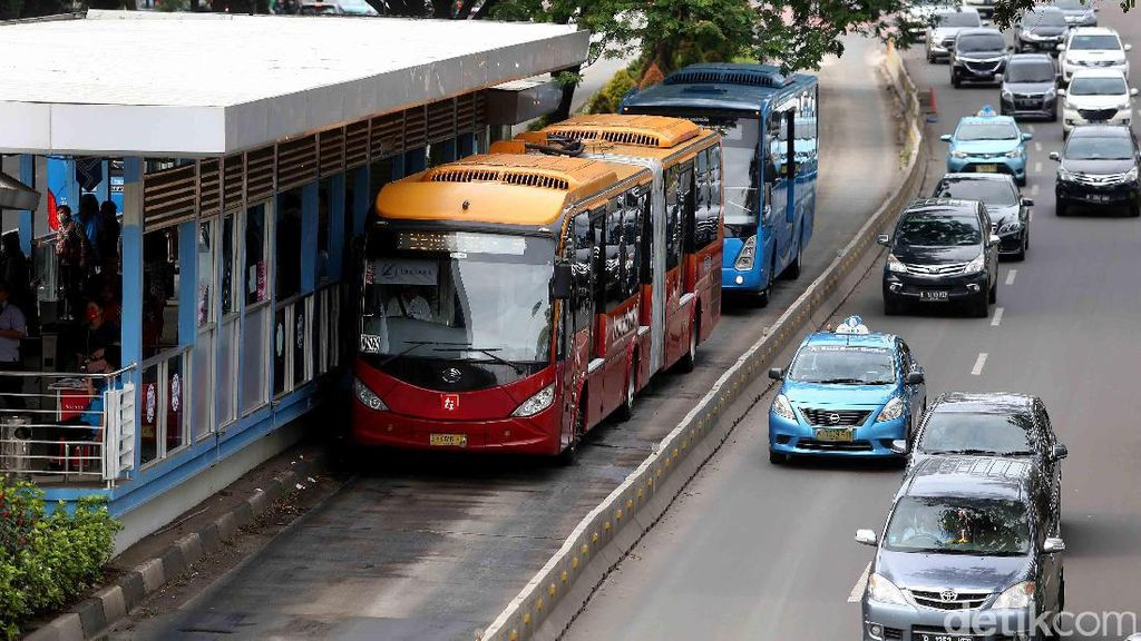 Libur Panjang Akhir Pekan, TransJakarta Tambah Bus Menuju Tempat Wisata