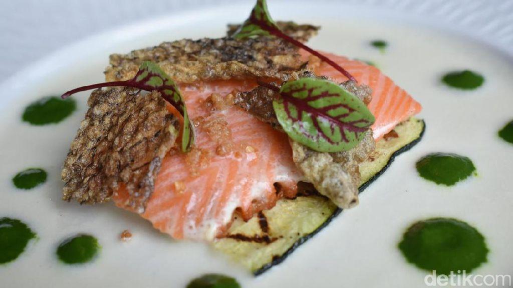 Norwegian Salmon dan Wagyu Cheek Jadi Sajian Natal Spesial di Akira Back