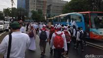 Aksi Damai 2 Desember, Kawasan Silang Monas Diguyur Gerimis
