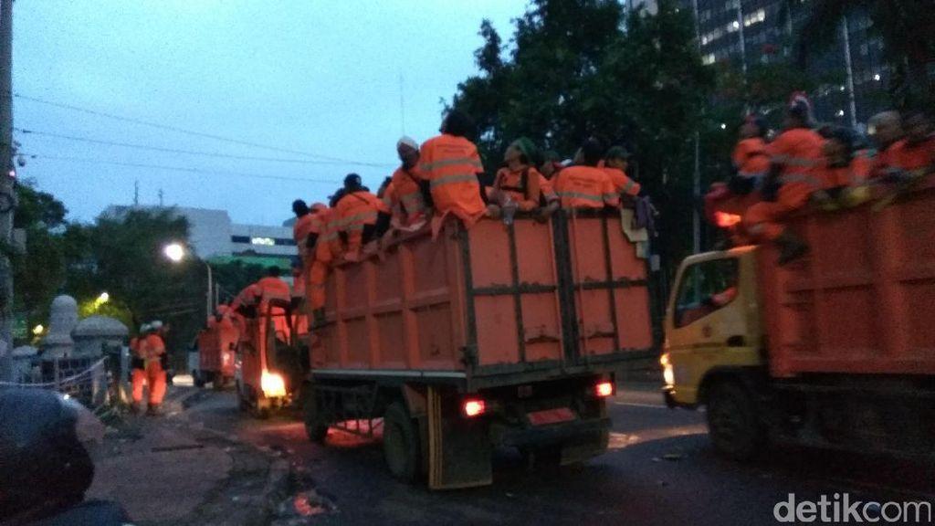 Pasca Aksi 2 Desember, Lapangan Banteng Sepi dan Sampah Mulai Diangkut