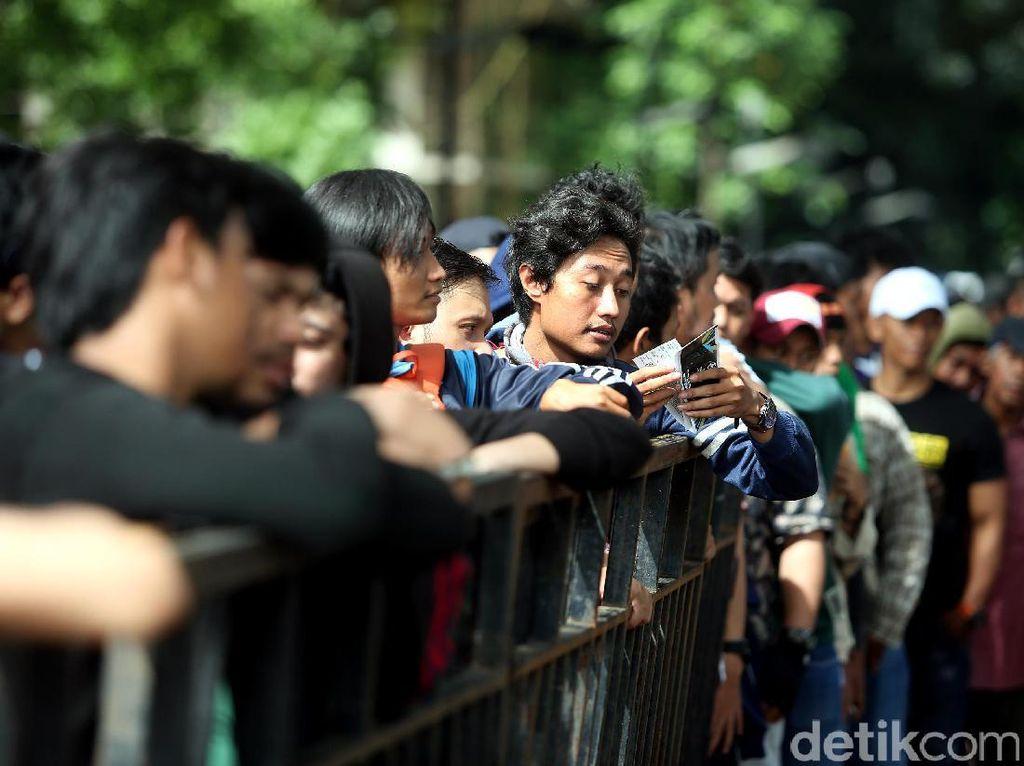 Penonton Bayaran Kala Pandemi: Diusir dari Kontrakan hingga Jadi Gembel